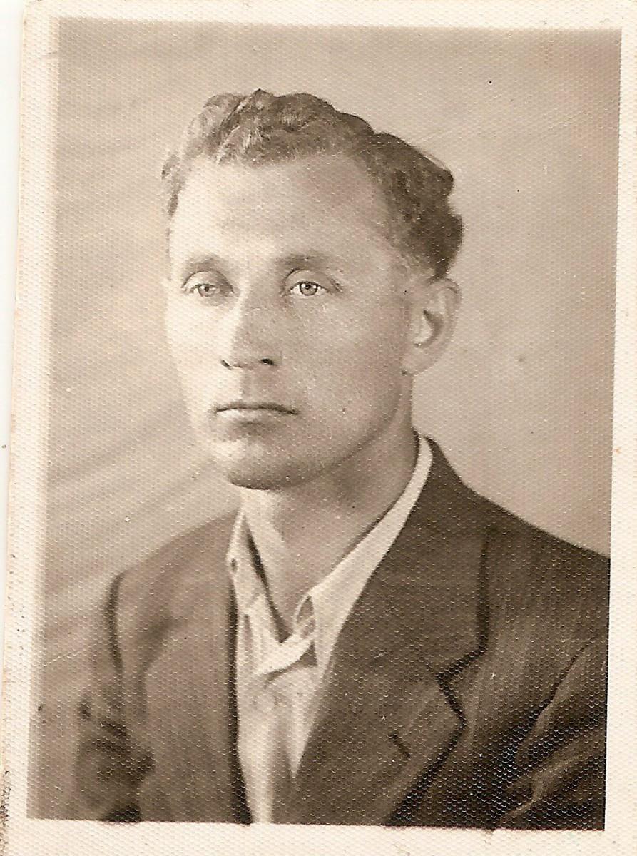 """Kazimierz Dziekoński – """"pistolet"""" rzeszowskiej AK"""