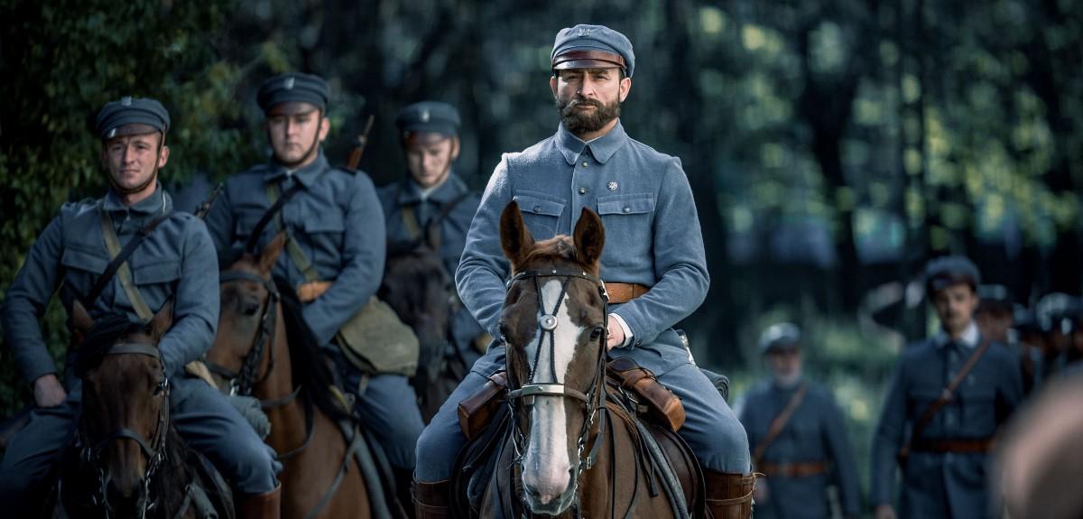 """Trzy mity* w filmach """"Piłsudski"""" i """"Legiony"""": komendanta, młodości i zwycięstwa"""