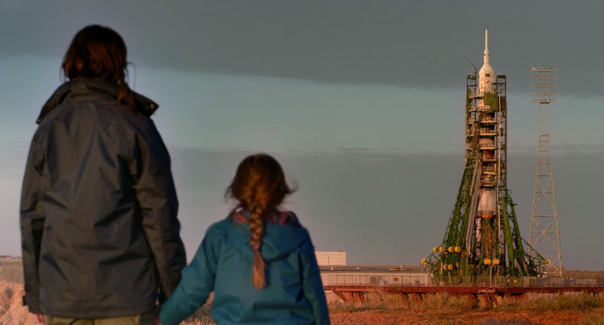 """""""Proxima"""": Powściągliwy dramat o macierzyństwie [Recenzja]"""